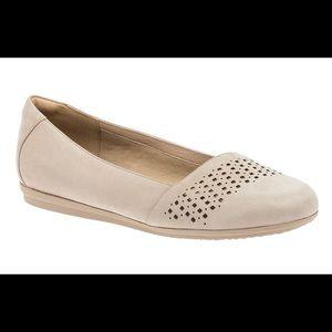 Abeo 24/7 Fleur Ballet Flat in Taupe